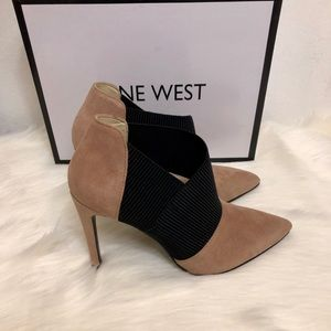NEW Nine West Zaayer Heeled Bootie SZ 7.5🌺